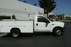 2006 Ford F350 Utility Truck  http://www.cacars.com/SUV//Ford/F350/Utility_Truck/2006_Ford_F350_for_sale_1008088.html