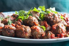 Venison meatballs with red wine plum sauce and celeriac mash Recipes Eat Well with Bite Venison Recipes, Meat Recipes, Healthy Recipes, Game Recipes, Midweek Meals, Easy Meals, Venison Meatballs, Mince Dishes