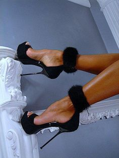 to go with that little black dress.... fashion shoes, high heels, sexy shoes, shoe fetish