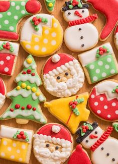 Best Sugar Cookie Recipe EVER for Christmas or any Holiday! Best Sugar Cookie Recipe EVER for Christmas or any Holiday! Christmas Sugar Cookies, Holiday Cookies, Holiday Treats, Christmas Treats, Holiday Nails, Christmas Desserts, Gingerbread Cookies, Soft Sugar Cookies, Sugar Cookies Recipe