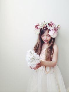 flower crown   via: nouba