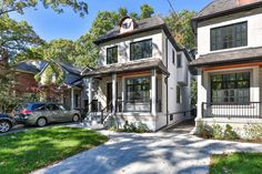 Toronto's real estate market continues to soar, and 2016 was a historic year. The Toronto Real Estate Board (TREB) announced that for the second ye...