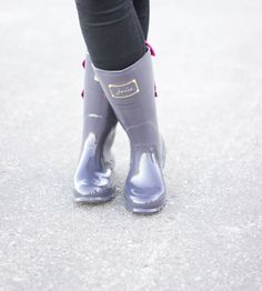 Evedon Short Slate Grey Wellies at RD's Obsessions Store | Lookave #Boots #Rainboots #Wellies #Grey #ShortWellies #Joules #ootd #onlineshopping #lookave #onlineshopping #streetstyle #style #fashion #outfit @rdsobsessions @joulesclothing