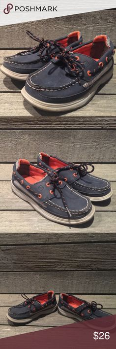 Boys Sperry Lanyard Boat Shoes, blue/orange, Sz 1M Boy's Sperry Lanyard Boat Shoes, Sz 1M, Blue/Orange, some wear but overall good used condition! Sperry Shoes Sneakers