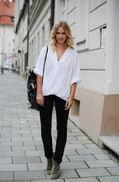 THE PERFECT WHITE SHIRT, black jeans & dicker boots