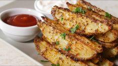Φανταστικές πατάτες στον φούρνο σαν τηγανητές - Country Potatoes (Roaste... Deep Fried French Fries, Oven Baked French Fries, Le Diner, Side Dishes, French Toast, Pork, Potatoes, Tasty, Meat