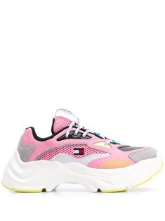 Candy pink leather chunky colour blocked sneakers from TOMMY JEANS featuring a round toe, a lace-up front fastening and a logo patch at the tongue. Candy Pink, Sneaker Candy, Wedge Shoes, Shoes Sneakers, Tommy Jeans, Sports Shoes, Pink Leather, Tommy Hilfiger, Women Wear