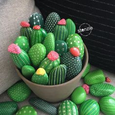 150 Likes, 28 Comments - Stonzie . Obsessed with cacti and succulents? Get inspired by more than 50 succulent and cactus rock painting ideas. 14 Most Adorable Painted Rocks Ideas and Crafts For Kids & Adults Aren't these cactus 🌵 rocks super cute? Cactus Rock, Painted Rock Cactus, Painted Flower Pots, Stone Painting, Diy Painting, Rock Painting Kids, Ideas For Painting Rocks, Pebble Painting, Ladybug Rock Painting