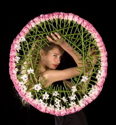 .I really love circular designs and this is no exception. Gorgeous.
