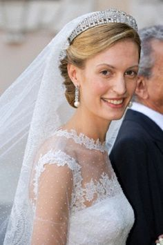 The bride, Italian journalist Elisabetta Maria Rosboch von Wolkenstein, arrives to marry Prince Amedeo of Belgium in a private ceremony at the Basilica di Santa Maria in Trastevere in Rome, Italy, July Royal Brides, Royal Weddings, Bride Earrings, Royal Crowns, Royal Jewelry, Bridal Crown, Royal House, Beautiful Bride, Royalty