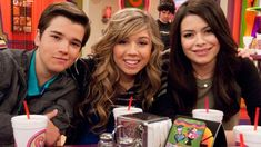 Zoey 101, Comedy Tv Series, Film Serie, Jennette Mccurdy, Adventure Time Art, Cartoon Network Adventure Time, Sam E Cat, Icarly And Victorious, Nickelodeon Shows
