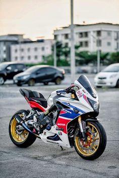 Honda Cb750, Honda S, Cb 650f, Ninja Bike, Moto Bike, Cafe Racer, Hot Rides, Super Bikes, Custom Bikes