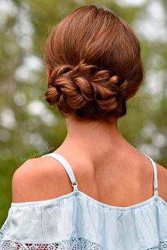 Hairstyles That Will Make You the Belle of the Ball picture 3