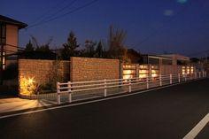 石壁へのグレージング・建物へのシャドーライティング ㈱ファミリーエクステリア本社 三重県N様邸-Lighting Meister
