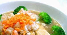 This is a healthy delicious dish which my kids will not rejected as all their favourite ingredients are used, tofu, prawn and broccoli! Tofu Recipes, Asian Recipes, Cooking Recipes, Ethnic Recipes, Pan Fried Tofu, Creamy Eggs, Serving Plates, Prawn