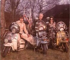 Lambretta Scooter, Northern Soul, Scooters, 1970s, Cool Photos, Greece, Monster Trucks, Archive, Club