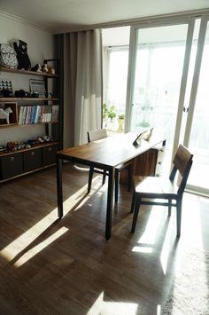 [거실 서재 인테리어]아이를 위한 북카페 스타일 거실 만들기 : 네이버 블로그 Decor, Furniture, House, Interior, Corner Desk, Home Decor, House Interior, Desk