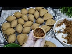 İÇLİ KÖFTE YAPAMAYAN KALMAYACAK/ 3 Farklı ve kolay şekliyle İçli köfte yapımı - YouTube Turkish Meatballs, Turkish Recipes, Pretzel Bites, Feel Good, Pizza, Potatoes, Bread, Cookies, Vegetables