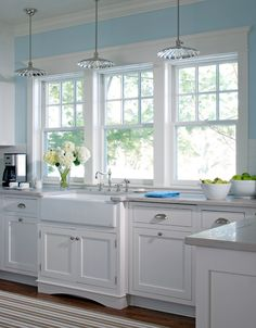 Love looking for great white kitchen decorating ideas? Check out these gallery of white kitchen ideas. Tag: White Kitchen Cabinets, Scandinavian, Small White Kitchen with Island, White Kitchen White Witchen Countertops White Kitchen Interior, White Kitchen Decor, Kitchen Cabinets Decor, Kitchen Redo, Interior Design Kitchen, Kitchen Windows, Kitchen Ideas, Kitchen Makeovers, Kitchen Colors