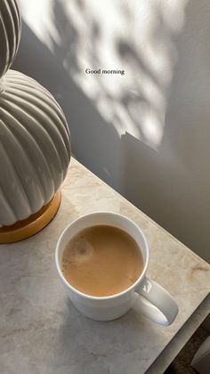 Feeds Instagram, Funny Quotes For Instagram, Aesthetic Coffee, Brown Aesthetic, Morning Food, Morning Coffee, Coffee Love, Coffee Coffee, Breakfast Pastries