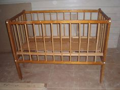 Кровать детская деревянная из СССР