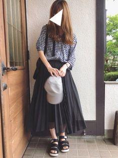 CLOSSHIのシャツ・ブラウス「CLOSSHI ギンガムチェック柄 素肌涼やかシャツ」を使ったSato*のコーディネートです。WEARはモデル・俳優・ショップスタッフなどの着こなしをチェックできるファッションコーディネートサイトです。