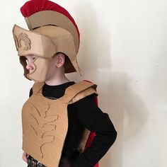 Italian week at school and it's handy when you've already got a costume made to fit the theme. #romanlegionnaire #cardboard