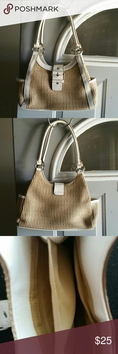 Pre-loved adorable handbag Almost a bamboo mesh handbag. Super adorable Bags