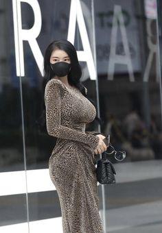 Sexy Asian Girls, Beautiful Asian Girls, Sexy Hot Girls, Beautiful Women, Sexy Dresses, Fashion Dresses, Girls Dresses, Bollywood Actress Hot Photos, Fashion Gallery