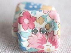 http://leche-handmade.com/?pid=31523857