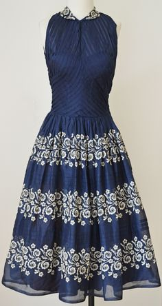 Fiesta Dress, Fitted Hourglass Bodice, Navy Blue Semi-Sheer with Off-White Embroidered Floral Design. Pretty Outfits, Pretty Dresses, Beautiful Dresses, Gorgeous Dress, Vintage Skirt, Vintage Dresses, Vintage Outfits, Vintage Clothing, 1950s Fashion