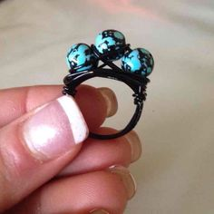 Turquoise/Black Glass Pearl Wire Nest Ring