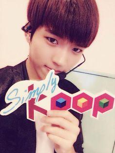 [PIC] 140731 Arirang Simply K-pop official twitter update - #인피니트 Woohyun pic.twitter.com/KO6uIYlylh