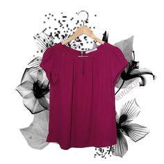 Blusa Primavera disponível também em outras cores no site e em nosso Showroom ♡  Para dúvidas e informações acesse WWW.EVECONCEPT.COM 📱11 97661-8186 📱11 98186-2527 #tendencia #lookdodia #roupasfemininas #inverno2017 #modafeminina #instalook #instafashion #instamoda #instagirl #blogger #fashion #fashionista #showroom #novidades  #moda #bomgosto #useeve