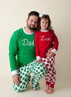 1e0eab95d3 Envío gratuito   pijamas de Navidad con monograma - bordada monograma  Navidad Pj - pijamas de