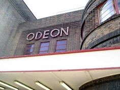 Odeon cinema, front, with sign, April 2006