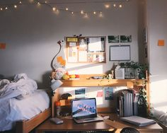 DORM ROOM INSPIRATION (click through to read more...)