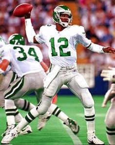 NFL Forum :: - All Time Philadelphia Eagles Team: Quarterback [McNabb Wins] But Football, Nfl Football Players, Patriots Football, Philadelphia Eagles Football, Nfl Philadelphia Eagles, Eagles Nfl, Kansas City Chiefs, Dodgers, Nfl History