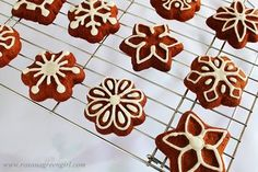 Roxana's Home Baking: Ginger Cookies Cocoa Cookies, Ginger Cookies, Christmas Cookies, Christmas Sweets, Christmas Baking, Christmas Time, Holiday Time, Cookie Desserts, Cookie Recipes