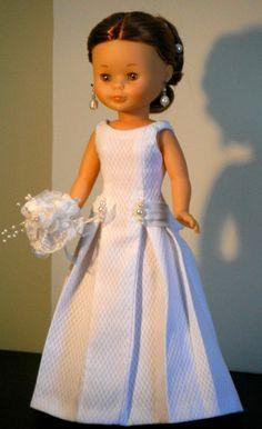 """Cosiendo vestidos para Nancy """"Novia"""""""