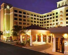 DoubleTree Suites by Hilton Hotel Anaheim Resort -Hotel Exterior