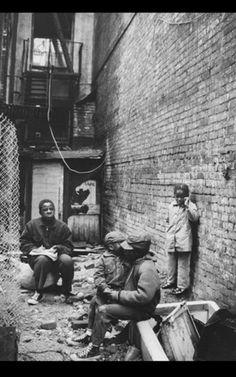 Gordon Parks, 'Fontenelle Children Outside their Harlem Tenement, Harlem, New York', 1967 Gordon Parks, Harlem New York, Litho Print, Family Print, Park Photos, Urban Life, Life Magazine, Photojournalism, Worlds Of Fun