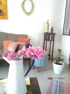 IT'S TIME FOR FALL DECOR IN INDIA NOW! ~ The Keybunch Decor Blog Living Room Cushions, Cozy Living Rooms, Living Room Decor, Yellow Teapot, India Now, Indian Living Rooms, Colors And Emotions, Dried Flower Arrangements, Yellow Painting