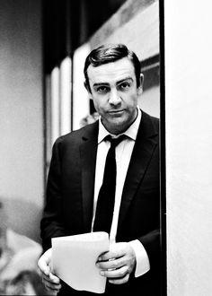 The name's Bond, James Bond. Sean Connery, Estilo James Bond, James Bond Style, Aston Martin, Sound Film, Scottish Actors, Cinema, Hottest Male Celebrities, Hollywood Actor
