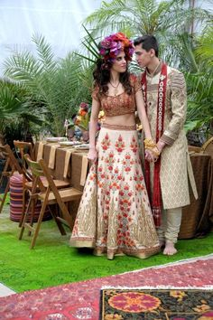 """Photographer Angelina Aristodemo and her team arranged a dazzling Jungle Book-themed wedding shoot. 