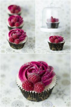 Valentines Day Dessert Champagne Raspberry Cupcakes