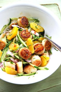 Scallop-Orange-Cucumber Salad (ยำหอยเชลล์กับส้มและแตงกวา) | SheSimmersSheSimmers