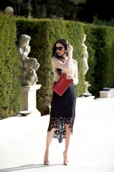 Outfits con faldas negras de encaje Â¿te gustan? Classy Outfits, Stylish Outfits, Beautiful Outfits, Ladies Outfits, Lace Skirt Outfits, Lace Outfit, Black Lace Skirt, Look Street Style, Outfit Trends