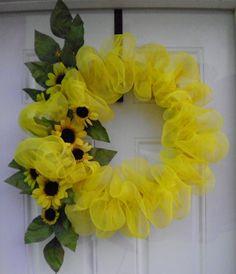 mesh wreaths | Home :: Wreath & Swags :: Geo Mesh Wreath with Sunflowers