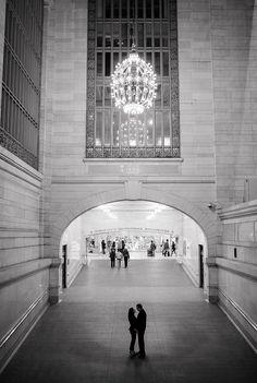NY Public Library Engagement Photos_Grand Central Engagement Photography_Snowy NYC Engagement Session